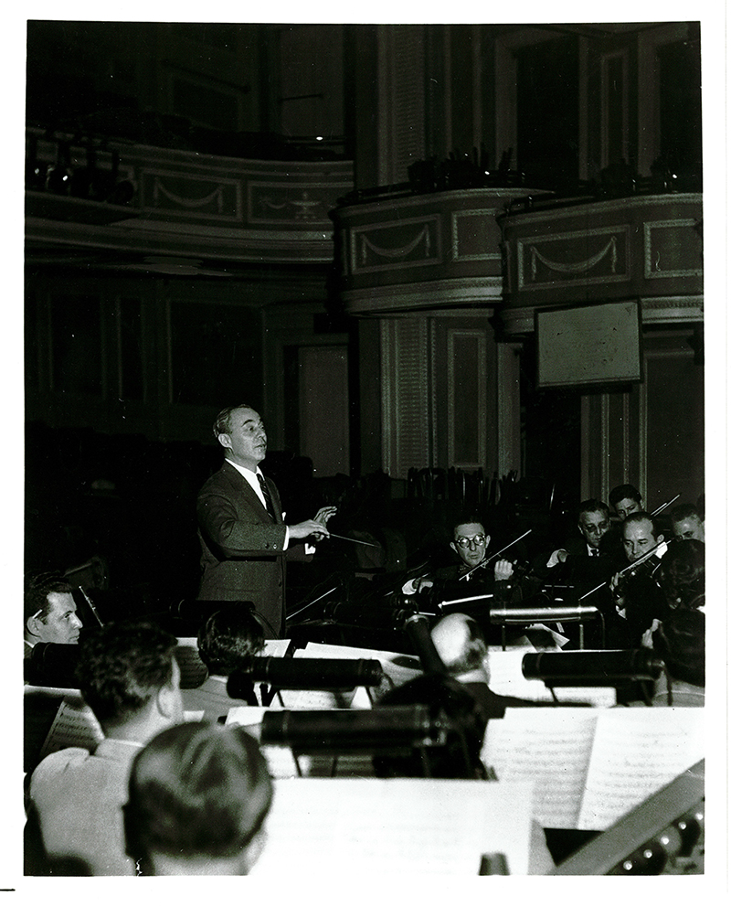 Richard Rodgers Conducting, 1949