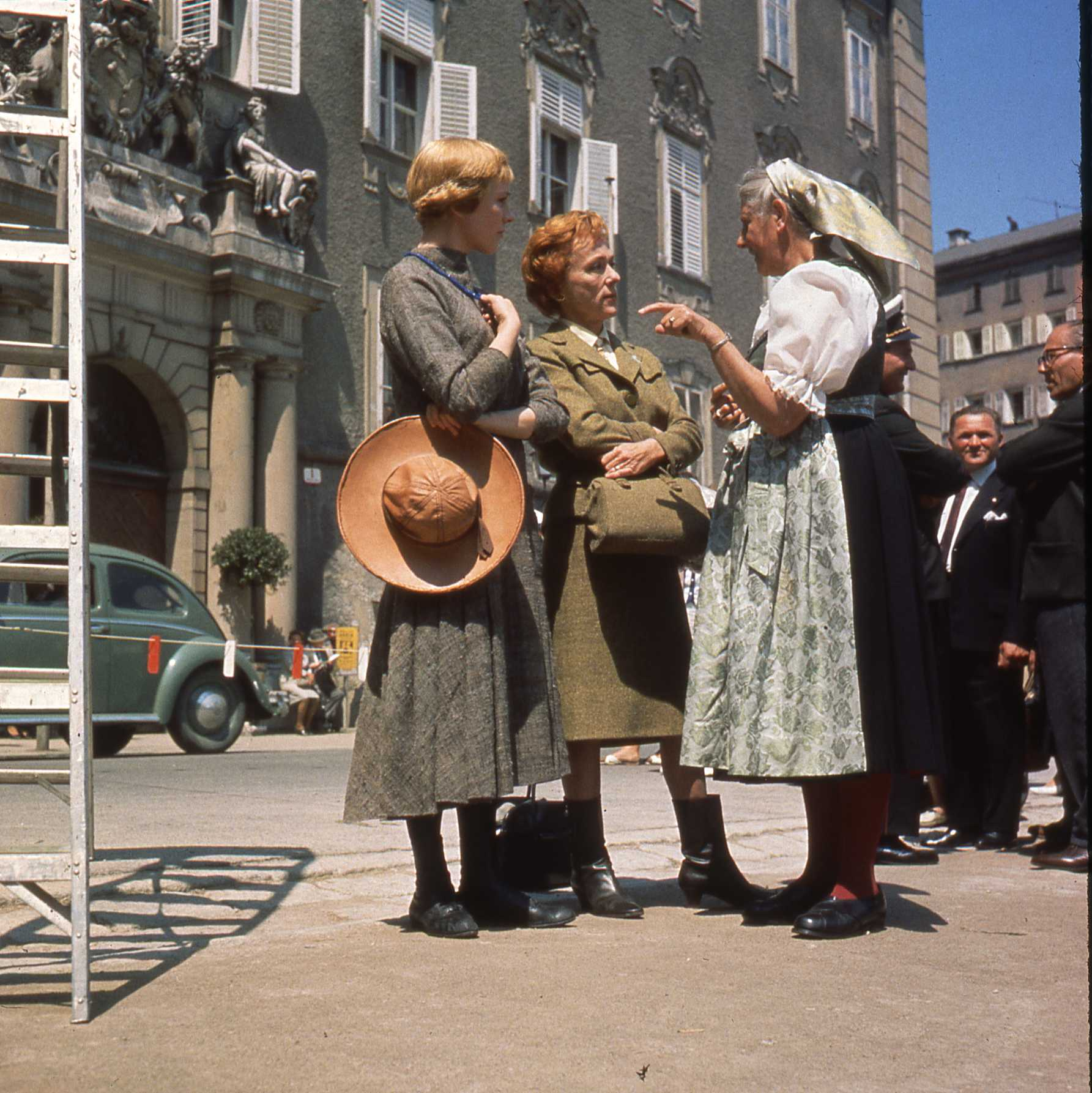 Julie Andrews and Maria von Trapp filming I Have Confidence