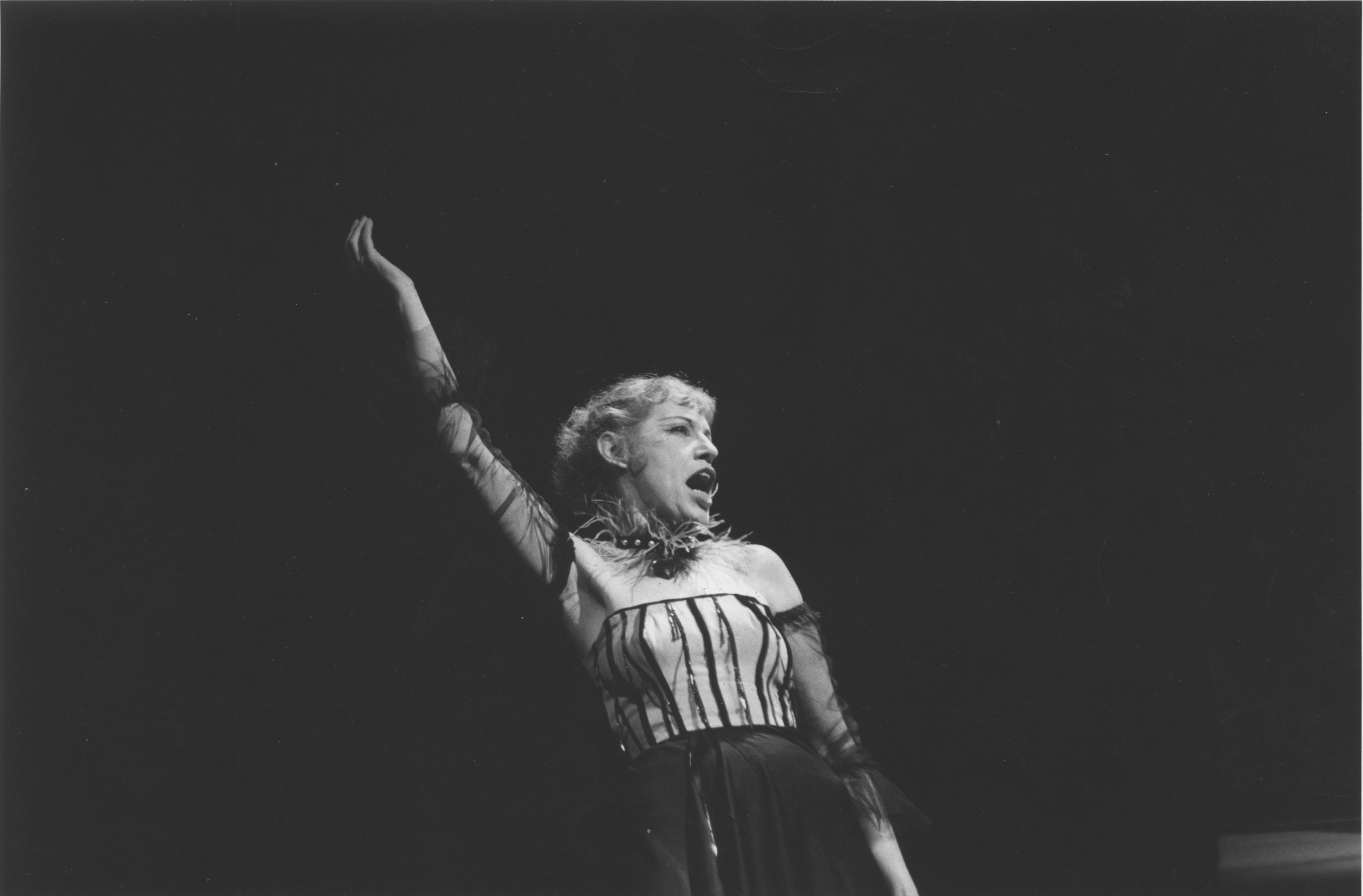 Lotte Lenya performing in The THREEPENNY OPERA